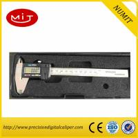 Stainless Steel Precise Digital Vernier Caliper 200mm used to measure the length and the size