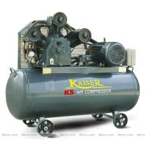 Cylinder Piston Industrial Air Compressor For sandblasting / Tire Inflation 4 kw